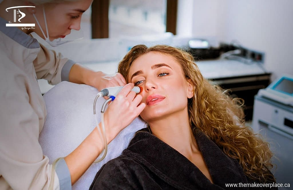How HydraFacial gives you a Younger Looking and Flawless Skin?